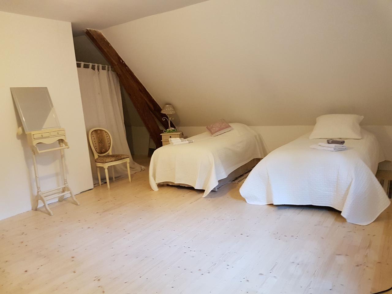 Room 5 (dormitory)